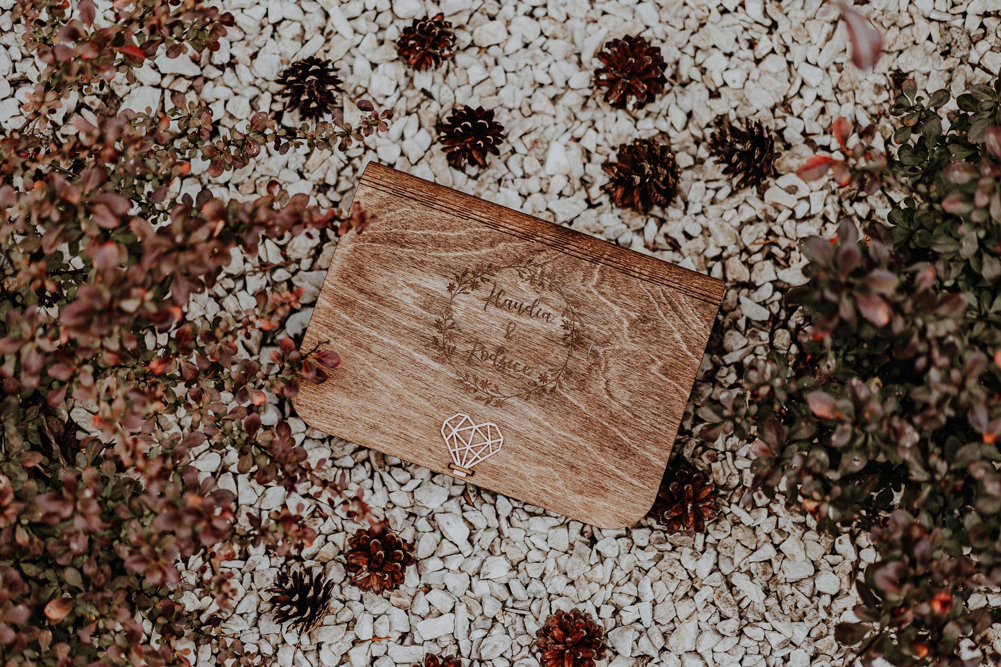 Zdjecia-w-drewnianym-pudelku-orlowski-photo-zdjecie-00028