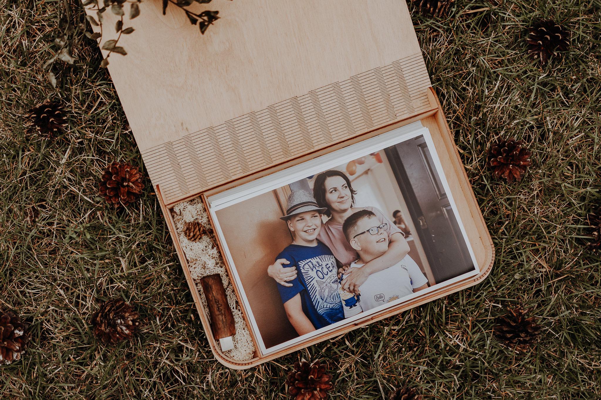 Zdjecia-w-drewnianym-pudelku-orlowski-photo-zdjecie-00047