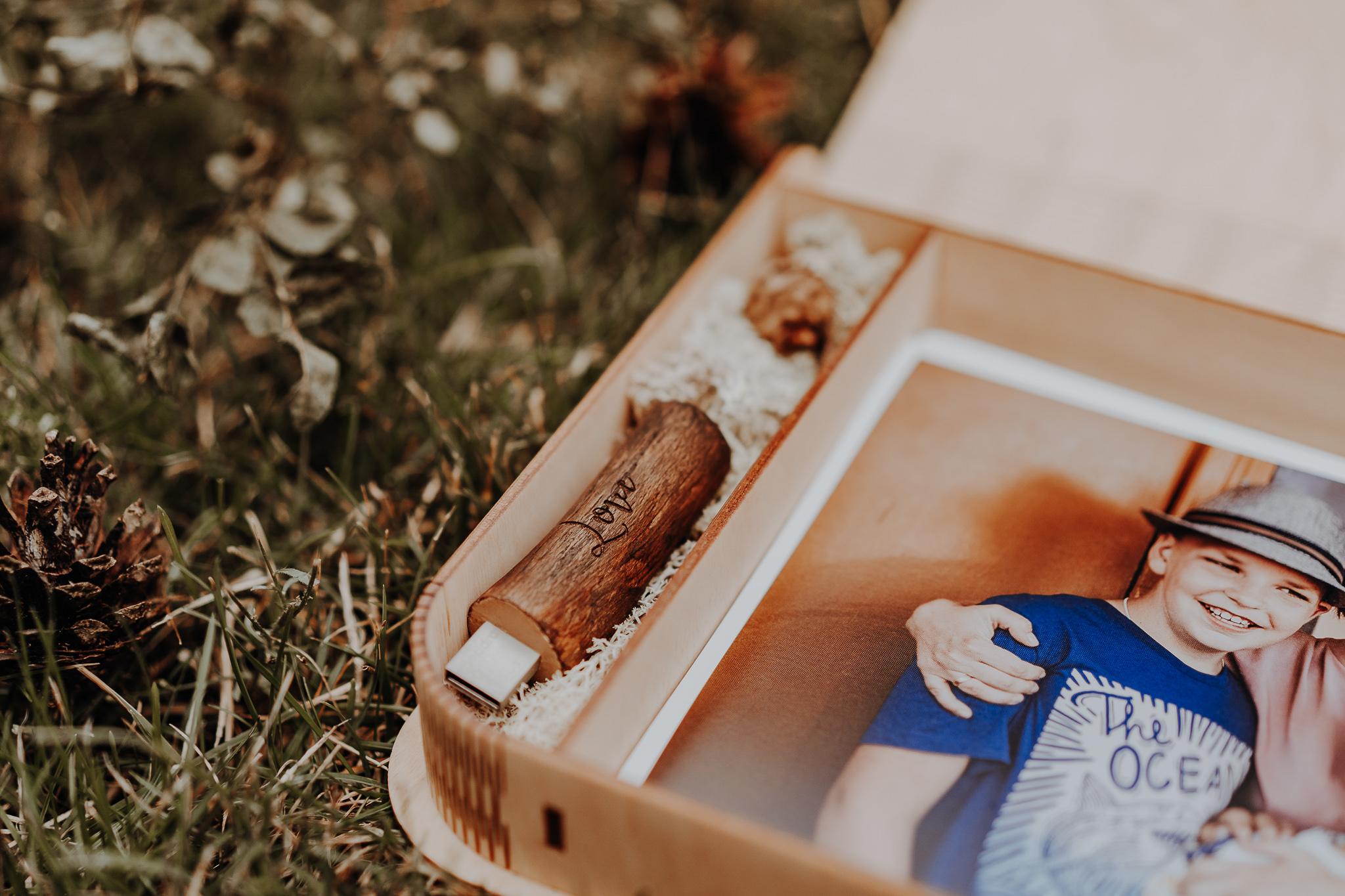Zdjecia-w-drewnianym-pudelku-orlowski-photo-zdjecie-00048