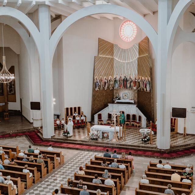 Zdjęcia z Chrztu dziecka w kościele Ducha Świętego w Białymstoku